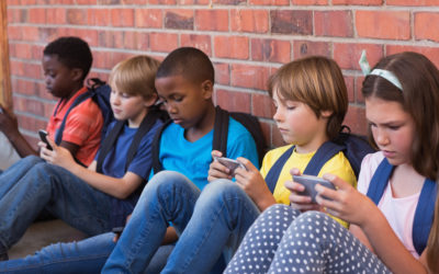 How To Have Devices Not Be Divisive For Our Family and Classroom: A talk with Kim John Payne