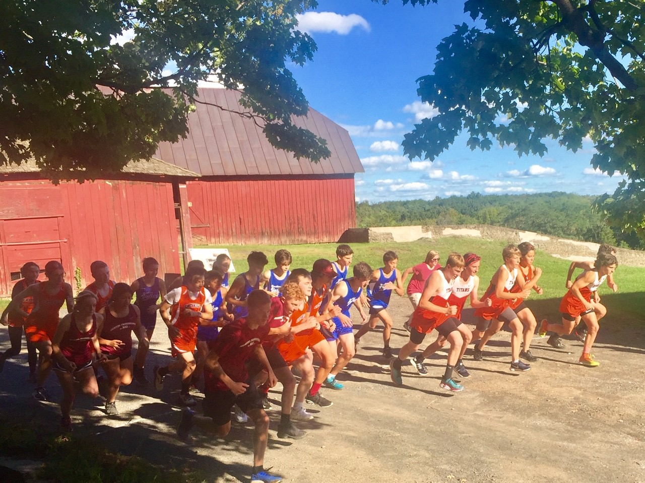 Cross Country runners begin first race of the season